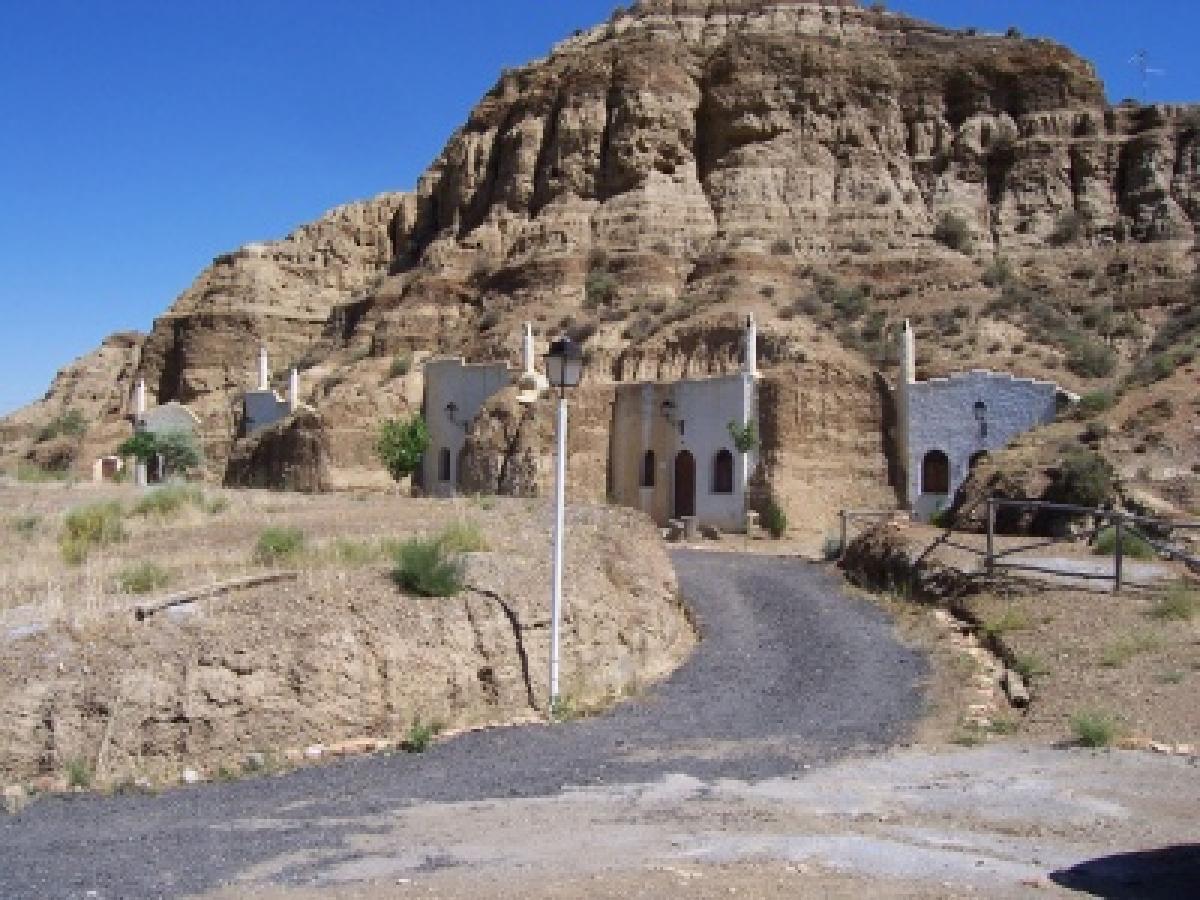 What to visit los castillarejos for Casa de granada